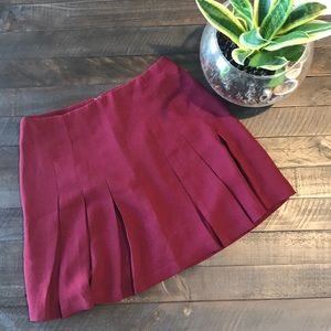 PLEATED MAROON SKIRT FOREVER 21